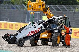"""F1's penalty system """"not working right"""" - Steiner"""