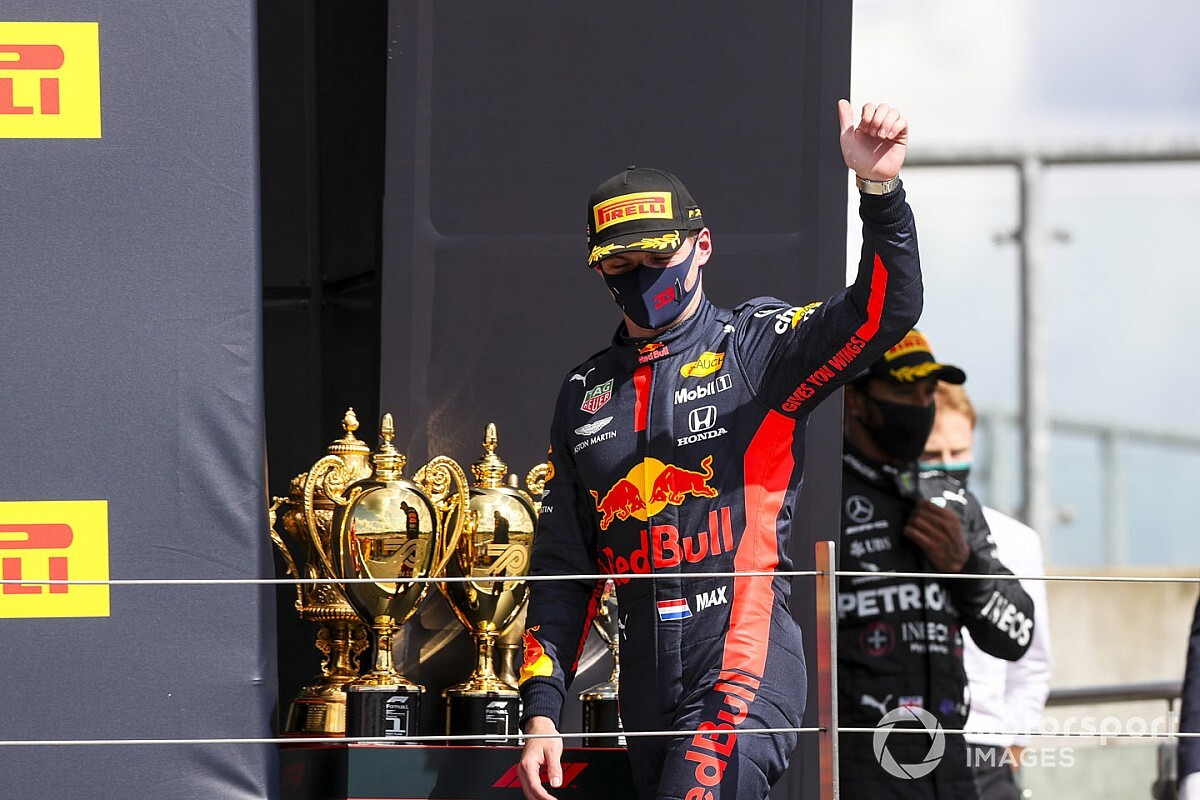 "Verstappen feels ""lucky and unlucky"" after last-lap dramas"