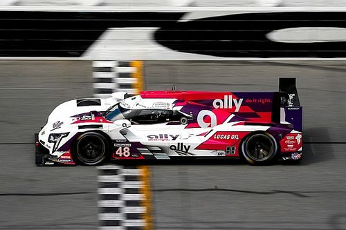 IMSA Roar: Pagenaud's AXR Cadillac leads first session