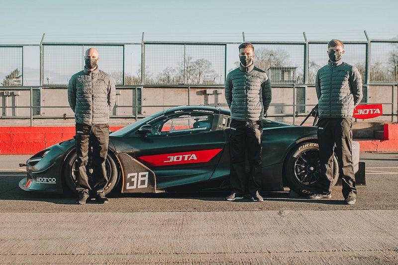 Top LMP2 squad JOTA to run McLaren in GTWCE