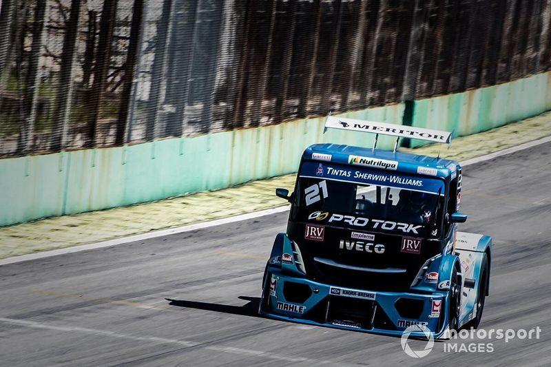 Equipe IVECO Usual Racing retorna às pistas em teste de equalização da Copa Truck