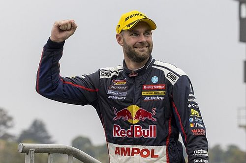 Scans reveal van Gisbergen broke ribs in crash