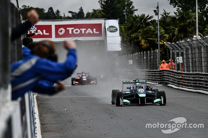 Pau GP winner Monger had bent steering after wall hit