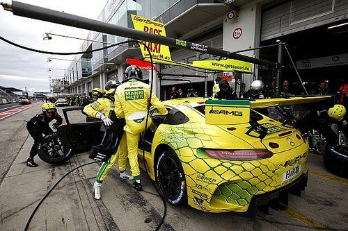 Mercedes na czele w Q1