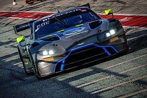 L'Aston Martin del team R-Motorsport vince Gara 2 al Nurburgring
