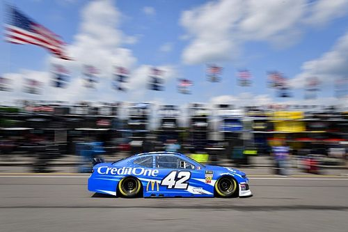 Kyle Larson completes sweep of stage wins at Pocono