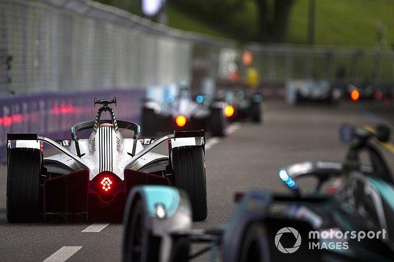 El amontonamiento de ocho autos en Berna era previsible, según Bird