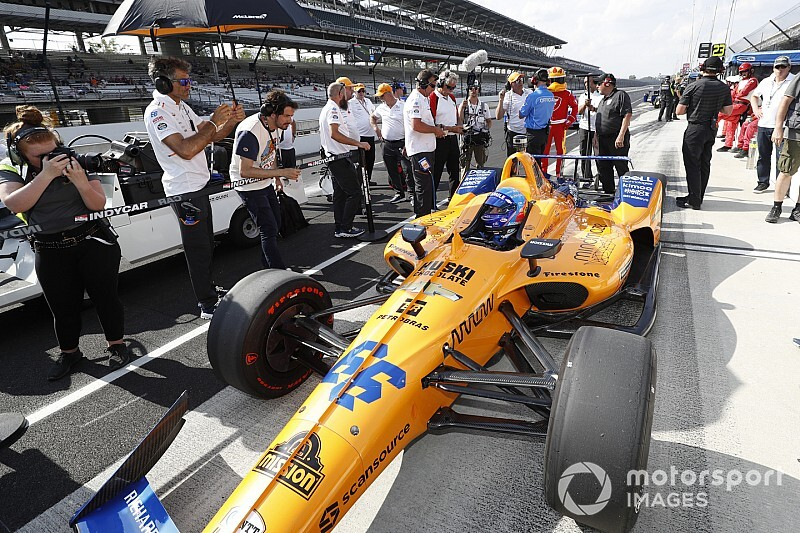 "McLaren explains ""snowball effect"" that led to Indy 500 failure"