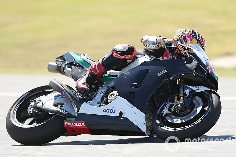 Nakagami: 2019 Honda 0.5s quicker in back-to-back testing