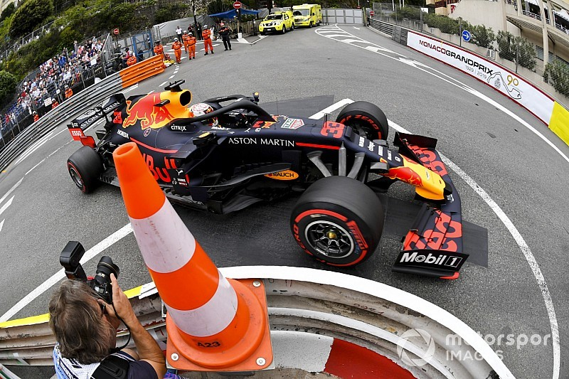 «За 10 минут до начала машина стояла без днища». Ферстаппена порадовал результат квалификации