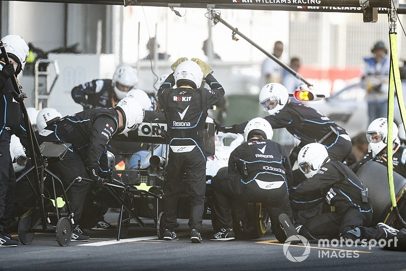 "Russell: Fastest pitstop shows Williams ""are not idiots"""