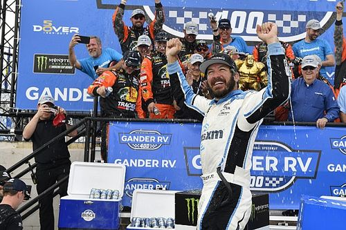 Martin Truex Jr. comes from the back to take dominant Dover win