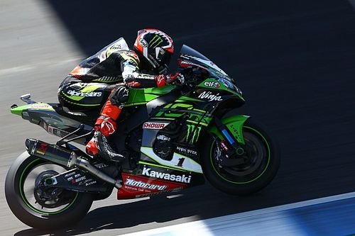 Jerez WSBK: Rea beats Bautista in Superpole by 0.036s