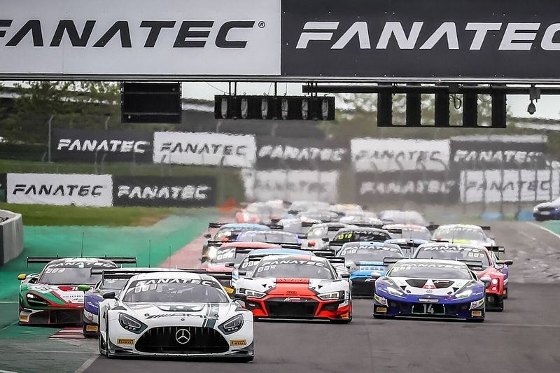 GTWC: riscatto Mercedes con Stolz-Engel in Gara 2 a Magny Cours