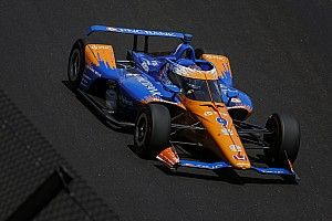 Indy 500: Dixon leads as Power and De Silvestro face qualifying battle