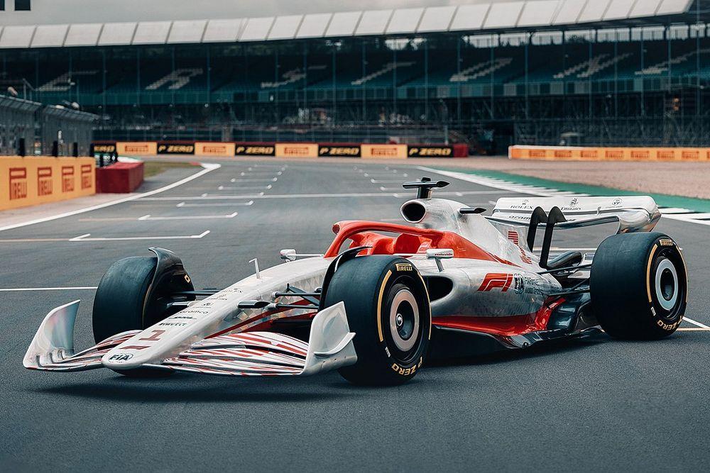 Foto's: Zo ziet de Formule 1-auto van 2022 er op ware grootte uit