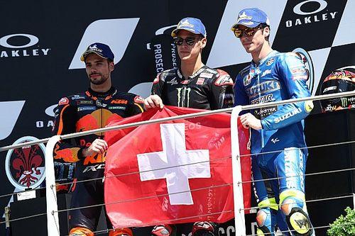 Quartararo wint GP van Italië en draagt zege op aan Dupasquier