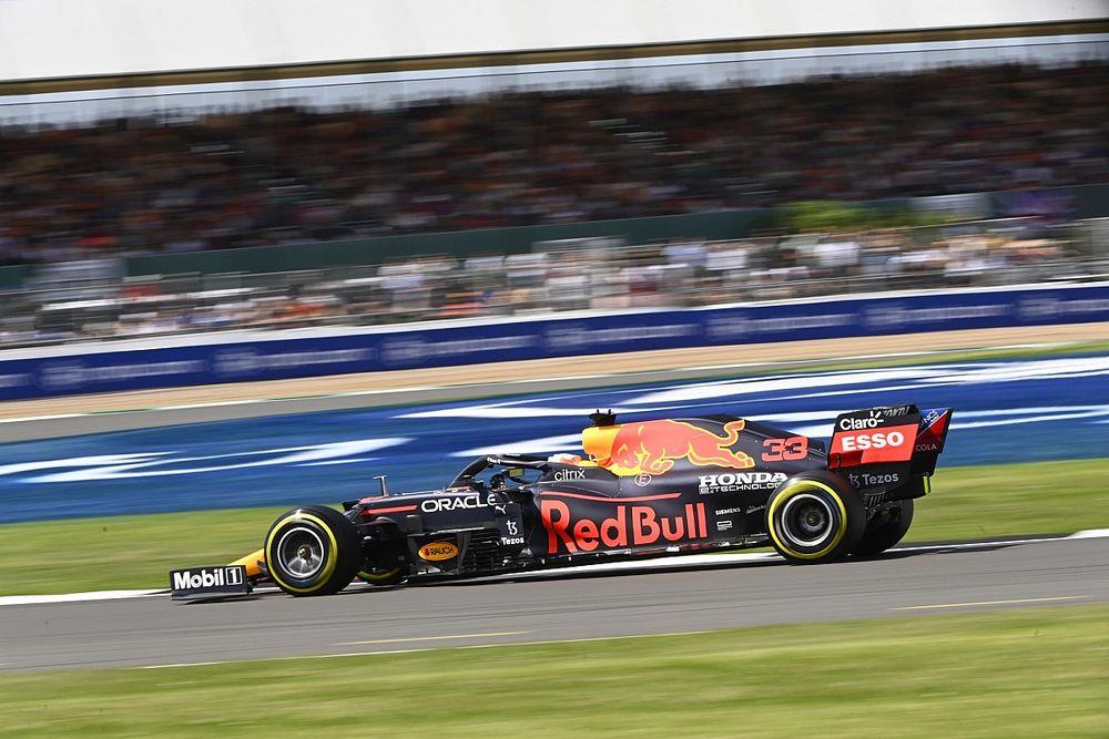 F1: Verstappen lidera TL2 para o GP da Grã-Bretanha focado em simulações de corrida; Hamilton é 8º