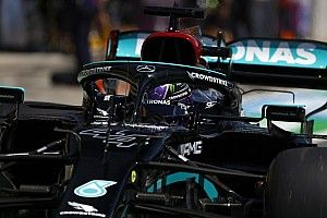 """Hamilton na kwalificatie: """"Wordt makkelijke overwinning voor Max"""""""