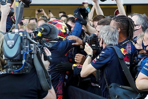 """F1 - Horner rasga elogios a Pérez e crava: """"Agora temos dois pilotos que têm algo a dizer"""""""