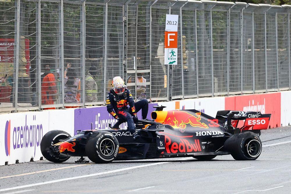Verstappen: Pirelli moet naar zichzelf kijken bij klapbanden Baku