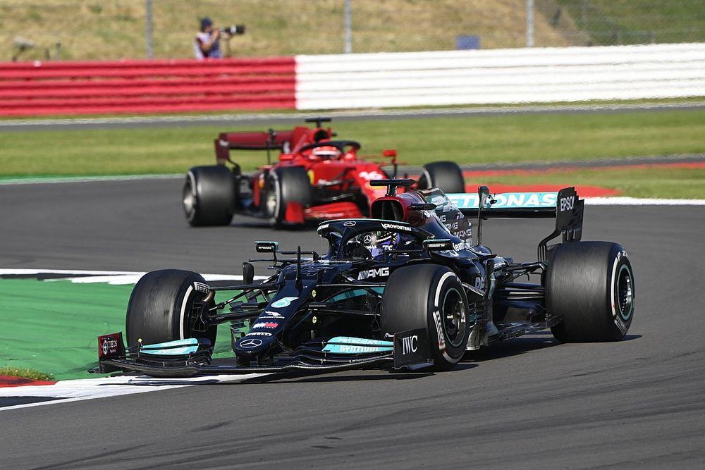 """Ferrari: """"Waar blijft de ophef over de Mercedes-motor?"""""""