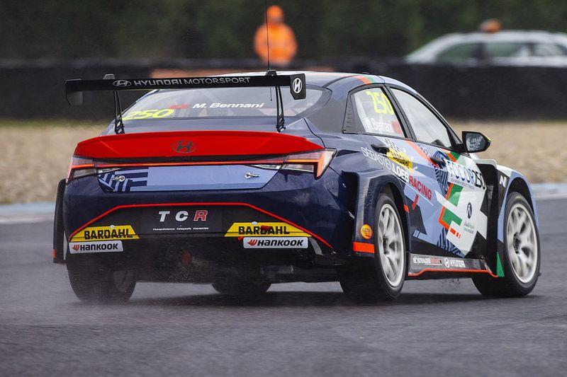 TCR Europe: Bennani batte Azcona in Gara 2 allo Slovakia RIng