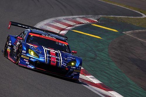 スーパーGT富士、GT300クラスは61号車BRZがPP獲得。55号車NSXとの僅差の対決を制す