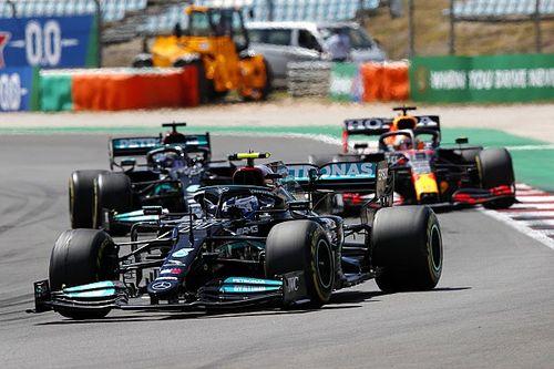 A Red Bullt Verstappen hibáiról kérdezték