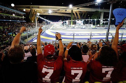 A Szingapúri Nagydíj szurkolói az éjszakai F1-es hétvégéről