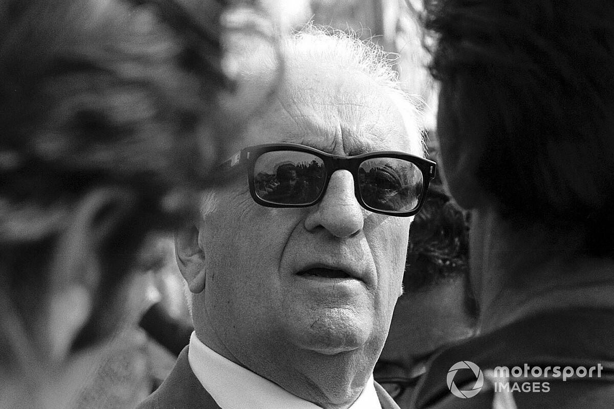 30 anni fa moriva Enzo Ferrari. La Casa del Cavallino Rampante ricorda così il suo fondatore