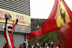 Belgian GP: Vettel passes Hamilton to take victory