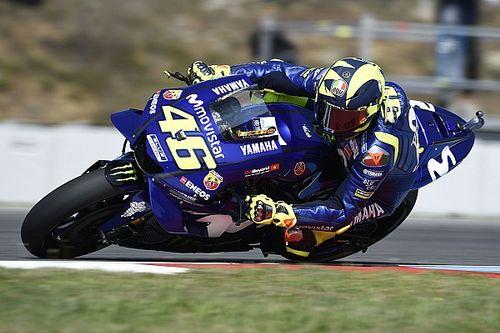 """4º, Rossi lamenta """"moto que vai mais lenta que a dos outros"""""""