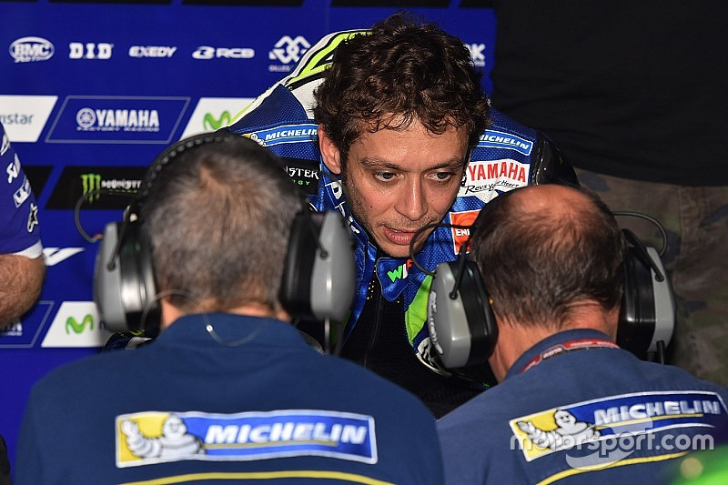 Rossi calls on Ducati to fix its rear-tyre problems