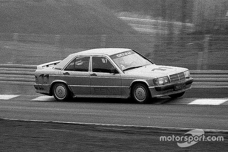 """Як Сенна випередив усіх чемпіонів і """"підклав свиню"""" Mercedes у гонці зірок на Нюрбургринзі"""