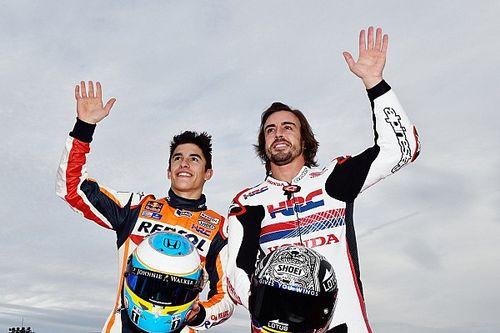 Vídeo: Márquez se prepara para el test de Qatar con un kart de Fernando Alonso