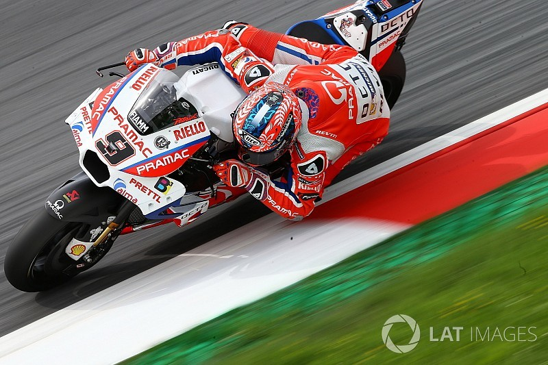 Misano, Libere 2: Ducati al top con Petrucci. Dovi 3° dietro a Vinales