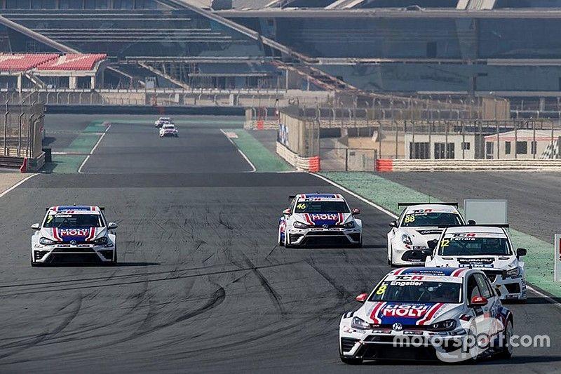 Middle East, Luca Engstler domina le prime libere a Dubai