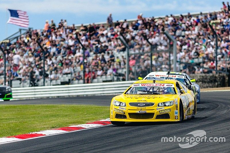 Alon Day crowned King Of Brands Hatch in NASCAR Whelen Euro race