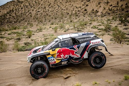 El drama golpea a Loeb en el Silk Way Rally