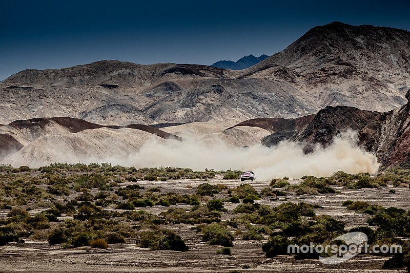 Silk Way Rally: Lavieille and Mardeev surf, the leaders suffer