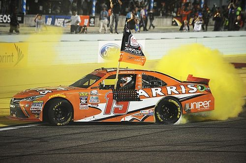 Suarez makes history as first ever foreign-born NASCAR Xfinity champion