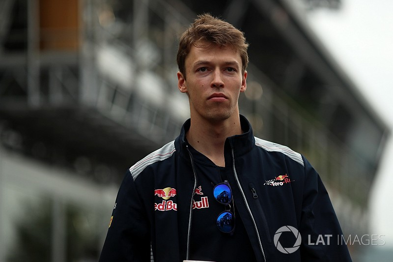 "Kvyat ""in the frame"" for 2018 Williams seat"