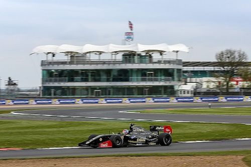 Silverstone F3.5: Fittipaldi sweeps opener with Race 2 win