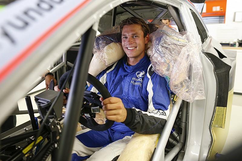 Mikkelsen tekent tweejarige deal bij Hyundai