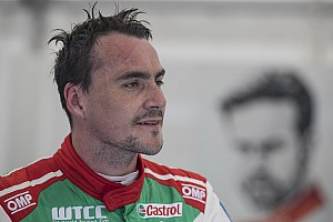 WTCC Practice report Portugal WTCC: Michelisz tops FP1, Coronel crashes into fire truck