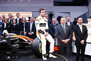 Alonso to decide on F1 future after summer break