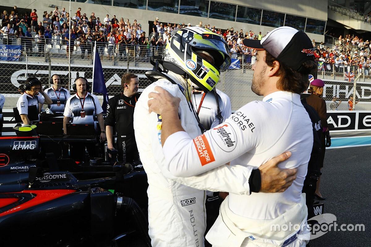 Алонсо, Баттон и семикратный чемпион NASCAR поделят болид McLaren