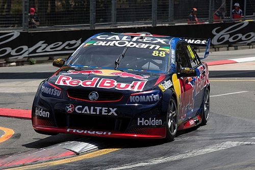 "Whincup vows for ""hard and fair"" title fight in Sydney"