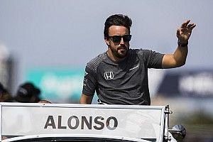 【F1】ウェーバー「アロンソはシーズン途中でチームを離れるかも……」